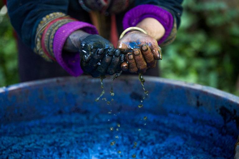 Préparation de la photo Indigo par Réhahn à Sapa au Vietnam