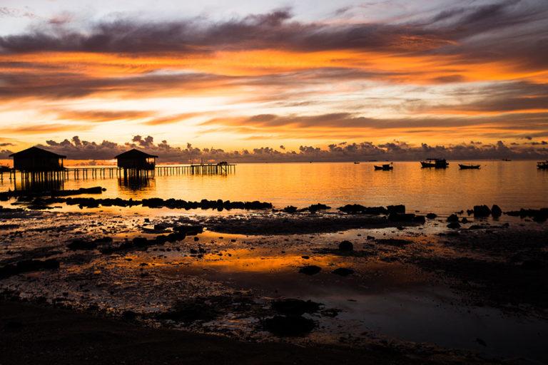 Lumière ambrée photo de Réhahn lever de soleil à Phu Quoc Vietnam