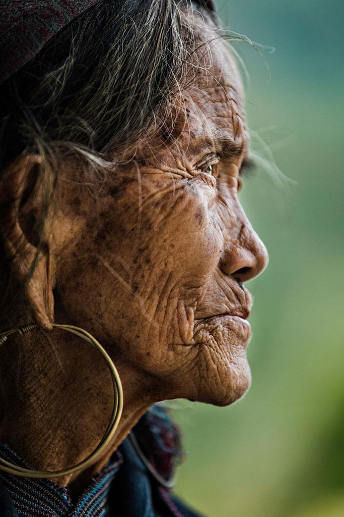 an old woman Hmong from Sapa - Vietnam
